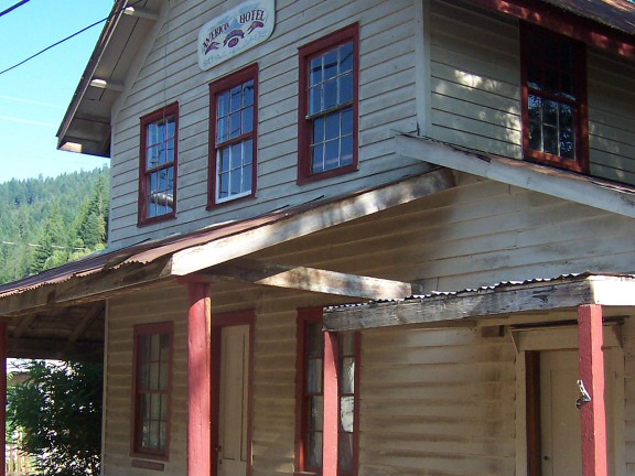 The American House is a historic hotel in a remote gold-prospecting town: Happy Camp, California, at the corner of Second Avenue and Indian Creek Road. Built by pioneer Henry Doolittle c. 1856. http://journeycalifornia.com/happy-happy-camp/